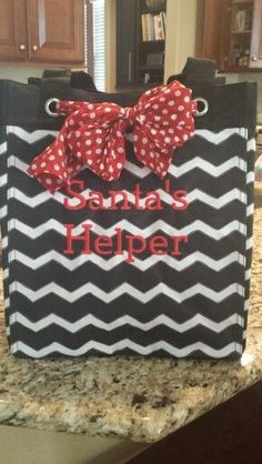 Thirty-One Gifts - Thinking ahead! Get the hottest Chevron print! Great for Christmas gift giving!