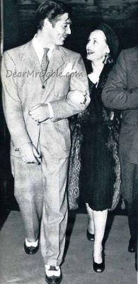 Clark Gable and Carole Lombard sharing a loving look while out on the town. I'm diggin' Clark's snazzy shoes!