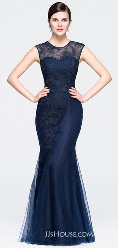 You are absolutely the main attraction in this elegant mermaid evening dress! #JJsHouse #Eveningdresses