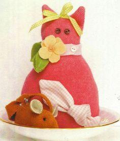 "Bunny Hill Designs ""Bitty Kitty Pincushion"" Pattern"