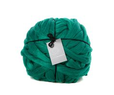 Giant knitting yarn. Super bulky arm knitting blanket yarn. 4kg Forest Green .Offer 4 for 3 and Free UK Postage! by Woollymahoosive on Etsy