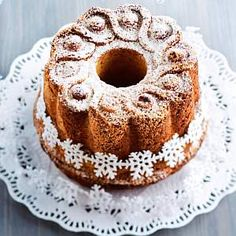 Appelsiinikakku ilahduttaa – Kotiliesi Orange cake from Kotiliesi Finland Sweet Recipes, Cake Recipes, Dessert Recipes, Nordic Recipe, Finnish Recipes, Scandinavian Food, Decadent Cakes, Cake & Co, Little Cakes