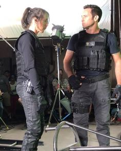 Aloha Spaceman How To Take Photos, Great Photos, Private Person, Look Into My Eyes, We Missed You, Hawaii Five O, Wish You The Best, Alex O'loughlin, Big Hugs