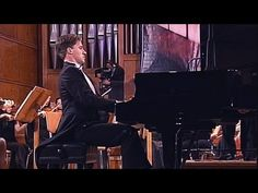 Beethoven - Moonlight - Piano & Orchestra - Part III...Egads!  This is fantastic!
