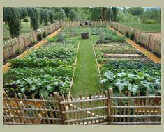 30+ Brilliant Garden Design Ideas For Front Your House #gardendesign Backyard Vegetable Gardens, Potager Garden, Diy Garden, Garden Cottage, Dream Garden, Garden Beds, Garden Projects, Outdoor Gardens, Vegetables Garden