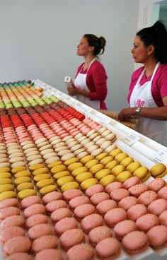 'Lette Macarons' I've been there and they serve the best macaroons I've every had must go to again!
