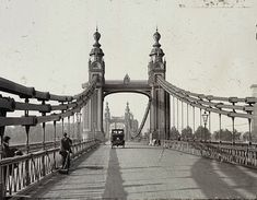 For you budding builder share this engineering marvel - hammersmith bridge 1910 #hammersmithuk