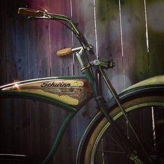 schwinn Old Bicycle, Old Bikes, E Biker, Antique Bicycles, Motorised Bike, Beach Cruiser Bikes, Pedal Cars, Cool Bicycles, Vintage Bicycles