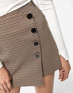 Compras de temporada: La falda con botones