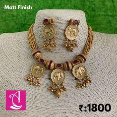 Antique Jewellery Designs, Fancy Jewellery, Gold Jewellery Design, Gold Jewelry, Bridal Jewelry, Gold Necklace, Jewelry Design Earrings, Gold Earrings Designs, Fashion Jewelry