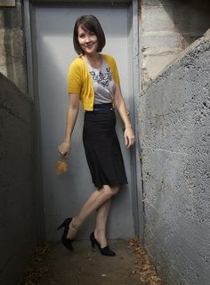 Super pretty! (Pop of yellow that isn't too playful for work with this black & gray outfit).