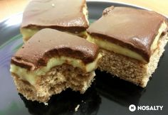 Boston krémes szelet Hungarian Desserts, Hungarian Recipes, Cookie Recipes, Dessert Recipes, Salty Snacks, Sweet And Salty, Ice Cream Recipes, Creative Food, Chocolate Recipes