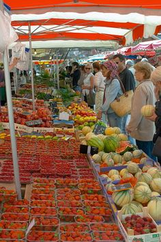 French fruit market