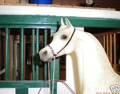 Jaapi ROYAL//SILVER beaded Arabian halter to fit Breyer//Stone model horses