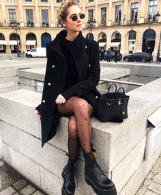 street style outfit, all black outfits, winter outfits, cute black outfits, edgy outfits, how to wear docs, women's fashion