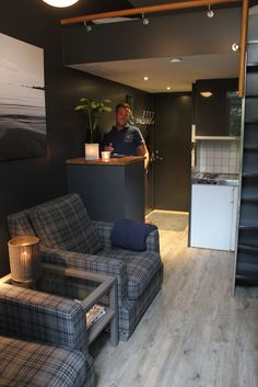 Fargerike: Intervju med Halvor Bakke - nytt fargekart Living Room, Home, Ad Home, Home Living Room, Drawing Room, Homes, Lounge, Haus, Family Rooms