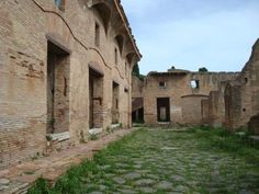 Don't Forget the Fire Extinguisher: Life in an Ancient Roman Apartment: An Ostian insula, a.k.a. apartment building