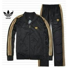 Adidas black and gold men's track suit. Adidas Tracksuit Mens, Adidas Jacket Mens, Adidas Men, Mens Adidas Outfit, Gold Adidas, Black Adidas, Hip Hop Outfits, Male Outfits, Track Suit Men