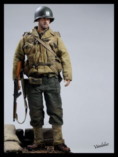 WW2 1/6 diorama. CAPT John Miller, Saving Private Ryan.
