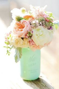 DIY Mint Seafoam sprayed paint painted wedding mason jars decoration pink peach white green yellow pastel centerpiece