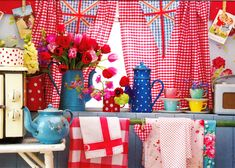 Jenny Arnott Textiles: Happy birthday little blog! Granny Chic, Vintage Tablecloths, Red Gingham, Kitchen Colors, Kitchen Ideas, Cottage Style, Cottage Living, House Colors, My Dream Home