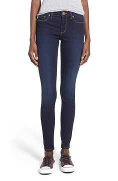 Mid rise skinny jeans that are so comfortable you'll want to wear them everyday!