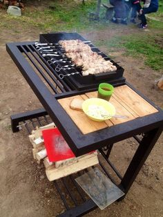 Discover recipes, home ideas, style inspiration and other ideas to try. Welded Furniture, Iron Furniture, Steel Furniture, Industrial Furniture, Pallet Furniture, Furniture Design, Design Barbecue, Grill Design, Küchen Design