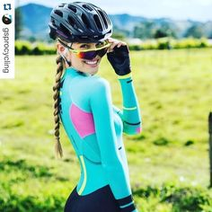 @gsprocycling tagged me in this but I can't tell if it's a brand shot, a glamour shot or a chewing gum commercial. Best headline/ story/ caption below in the comments wins a free set of bottles...