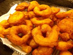 Bunyols de Carabassa Onion Rings, Kids Meals, Meat, Ethnic Recipes, Desserts, Food, Granada, Cookies, Gastronomia