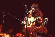 """Melanie (neé Melanie Safka) transformed the view of Woodstock's audience watching her set by candlelight into """"Lay Down (Candles in the Rain),"""" a signature song that captured her earnest East Coast take on countercultural themes. Woodstock Festival, Woodstock Music, Melanie Safka, My Past Life, People Icon, Poster Pictures, Top Artists, Photo Galleries, Interview"""
