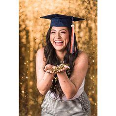 Olvera Photography (@olveraphotography) • San Antonio, TX. Olvera Photography Senior Portraits @UTSA Senior Portraits, San Antonio, Congratulations, Graduation, Photography, Instagram, Fashion, Moda, Photograph