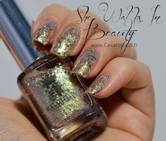 14,80€. a-england- Heavenly Quotes: SHE WALKS IN BEAUTY - CesarsShop / Kynsilakkataivas