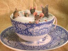 Tea Cup Bath
