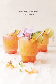 Rum Punch Cocktail, Cocktail Drinks, Mango Rum Drinks, Mango Cocktail, Rum Cocktail Recipes, Margarita Recipes, Spiked Punch Recipes, Jamaican Rum Punch Recipes, Bacardi Drinks