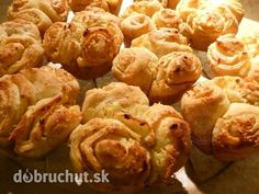 Fotorecept: Cesnakové muffiny Czech Recipes, Russian Recipes, Sprouts, Shrimp, Vegetables, Breakfast, Czech Food, Polish, Pizza