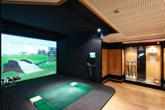 Golf Simulator at The City Health and Fitness Club - #Golf enthusiasts can practice their technique on a professional golf simulator, which features 38 of the world's best golfing courses. Current rates are £20.00 per 30 minutes. The City Virtual Golf room can be booked for up to 8 people at a time, and includes a mini-bar stocked with drinks and snacks. Memberships are also available for keen golfers! To book a virtual golf session, email or call 020 7863 3999. #LondonGym #HealthClub