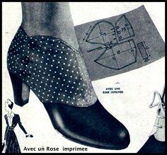 Vintage Fashion Avec un Rose imprimee 1940s Shoes, Vintage Shoes, Vintage Outfits, Vintage Fashion, French Fashion, Buy Boots, Shoe Boots, Spats Shoes, Black Court Shoes