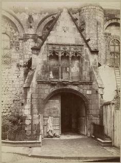 POITIERS - Porche sud de l'église Notre-Dame-la-Grande. - Photographie de Jean-Eugène Durand ( 1845-1926 en 1880.