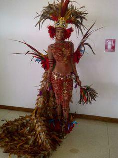 Princesa India Amazonica - Traje tipico Miss World 2011