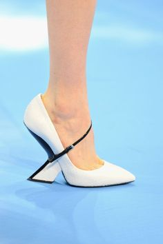 Glamour a tus pies: los zapatos más chic de las semanas de la moda. Christian Dior otoño / invierno 2013