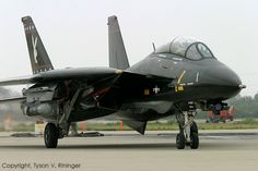 F-14 VAMPIRRE