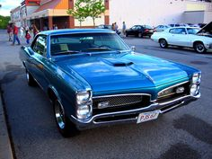 "This is a very sharp looking Pontiac GTO from GTO's from this era are personal favorites(not that other years are anything to sneeze at). Which is essential to any ""Muscle Car"" in my opinion. 67 Pontiac Gto, Chevrolet Camaro, 1967 Chevelle, 1967 Gto, Gto Car, Old School Cars, Old School Muscle Cars, Lifted Ford Trucks, Mustang Cars"