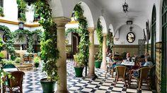 Rincones de Andalucía: Círculo de la Amistad (Cabra, Córdoba) / Places of Andalusia: Círculo de la Amistad (Cabra, Córdoba), by @abcviajar