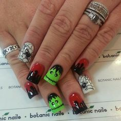 Cuter Halloween nails