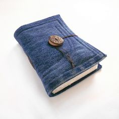 Set of 7 recycled denim jeans journals - Custom Order - reserved listing for… Jean Crafts, Denim Crafts, Recycled Denim, Recycled Fabric, Handmade Books, Blue Denim Jeans, Couture, Diy Clothes, Mobiles