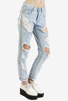 Hella Distressed Boyfriend Jeans || Echo Club House