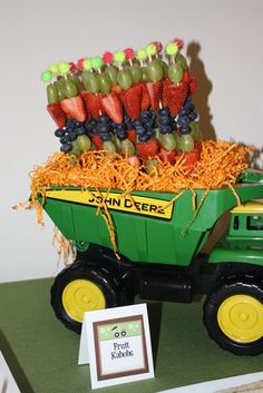 33 Trendy Ideas Baby Shower Ides For Boys Deer Farm Party Farm Birthday, 3rd Birthday Parties, Birthday Ideas, Tractor Baby Shower, John Deere Party, Deer Baby Showers, Farm Party, First Birthdays, Creations