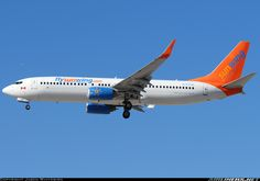 Sunwing Airlines C-FTJH Boeing 737-8BK aircraft picture