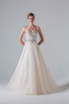 Last Weekend for our Anne Barge Trunk Show Call today to book your private appointment! 858-523-9254 See more here: http://www.thebustledelmar.com