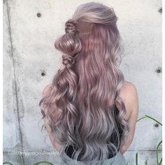 See this Instagram photo by @theconfessionsofahairstylist • 3,160 likes